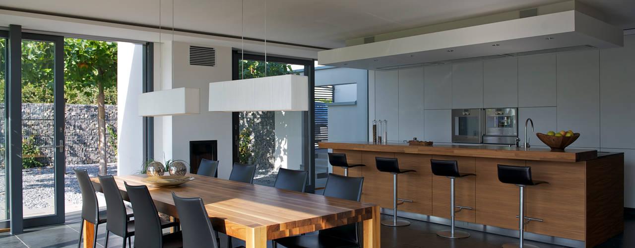 Kitchen by Dr. Schmitz-Riol Planungsgesellschaft mbH