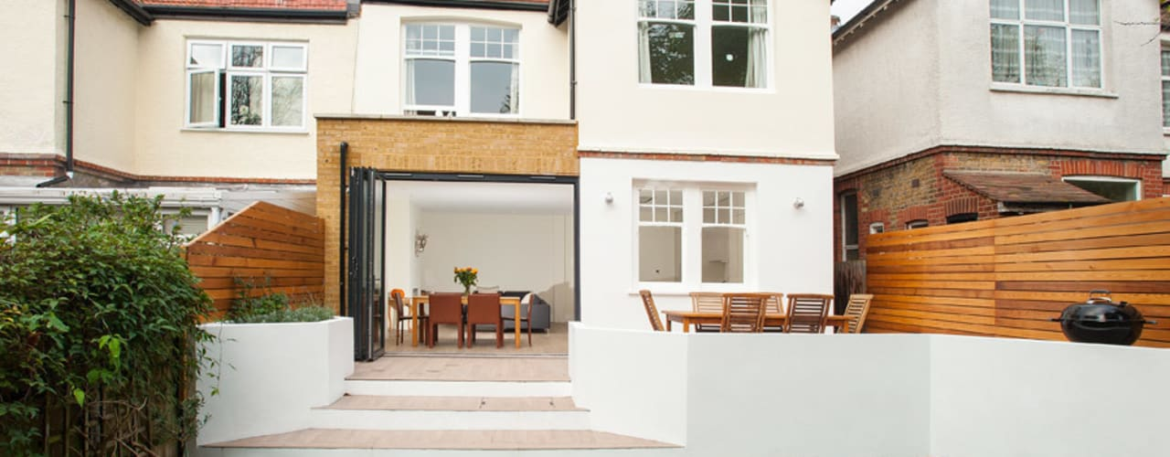 Streatham, SW2: modern Houses by Build Team