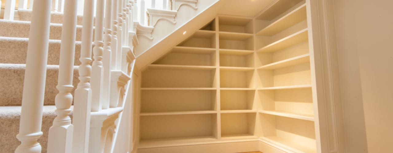 Couloir et hall d'entrée de style  par Buscott Woodworking, Classique