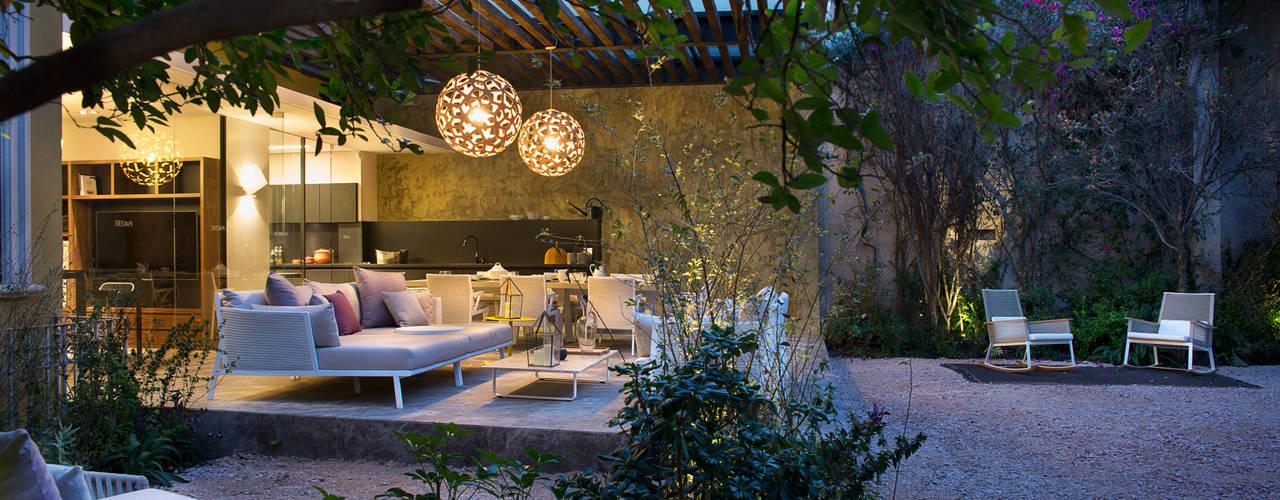 庭院 by Vieyra Arquitectos