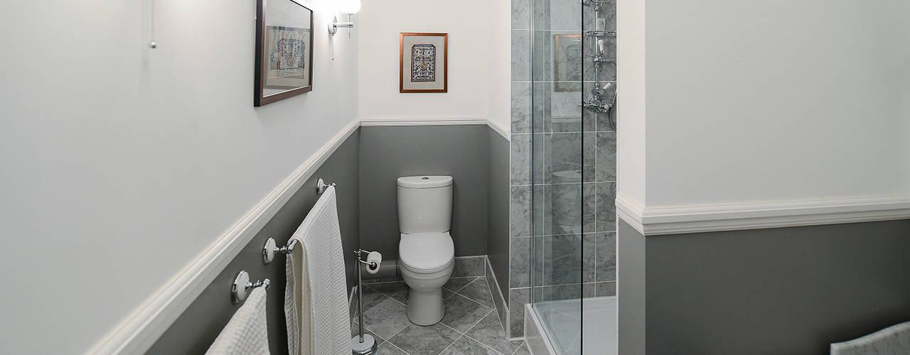 classic Bathroom by Grand Design London Ltd