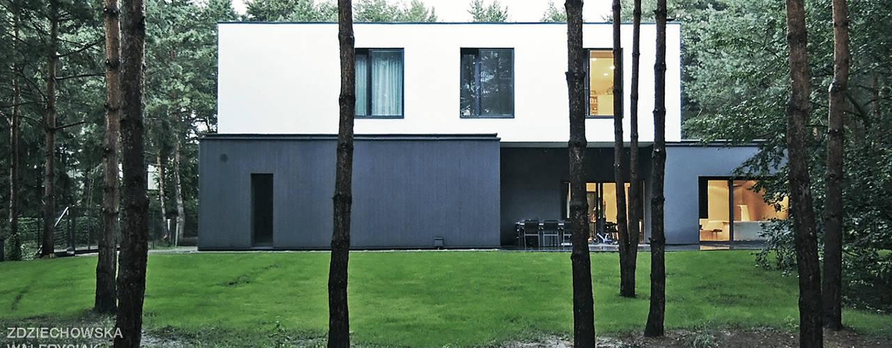 M - house: styl , w kategorii Domy zaprojektowany przez zwA Architekci,