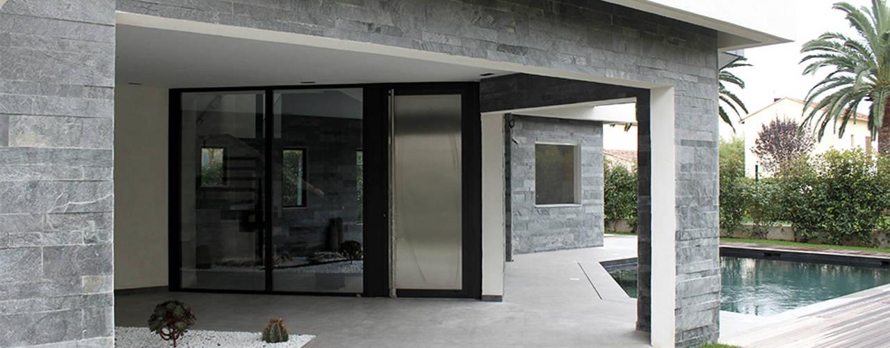 Villa N 03: Maisons de style  par 2&1