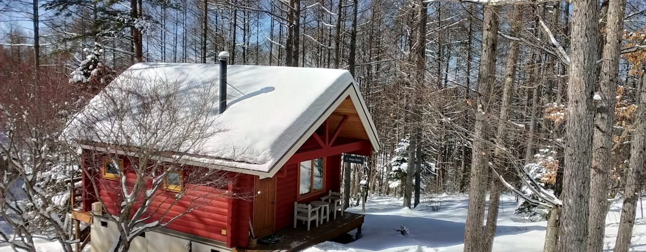 Small Cottage at Mt.Yatsugatake, Japan Country style house by Cottage Style / コテージスタイル Country