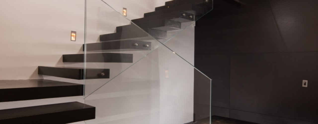 走廊 & 玄關 by GLR Arquitectos