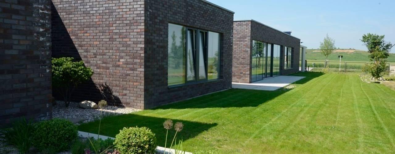 Projekty,  Domy zaprojektowane przez MARKÉTA CAJTHAMLOVÁ, ARCHITEKTONICKÁ PROJEKČNÍ KANCELÁŘ,