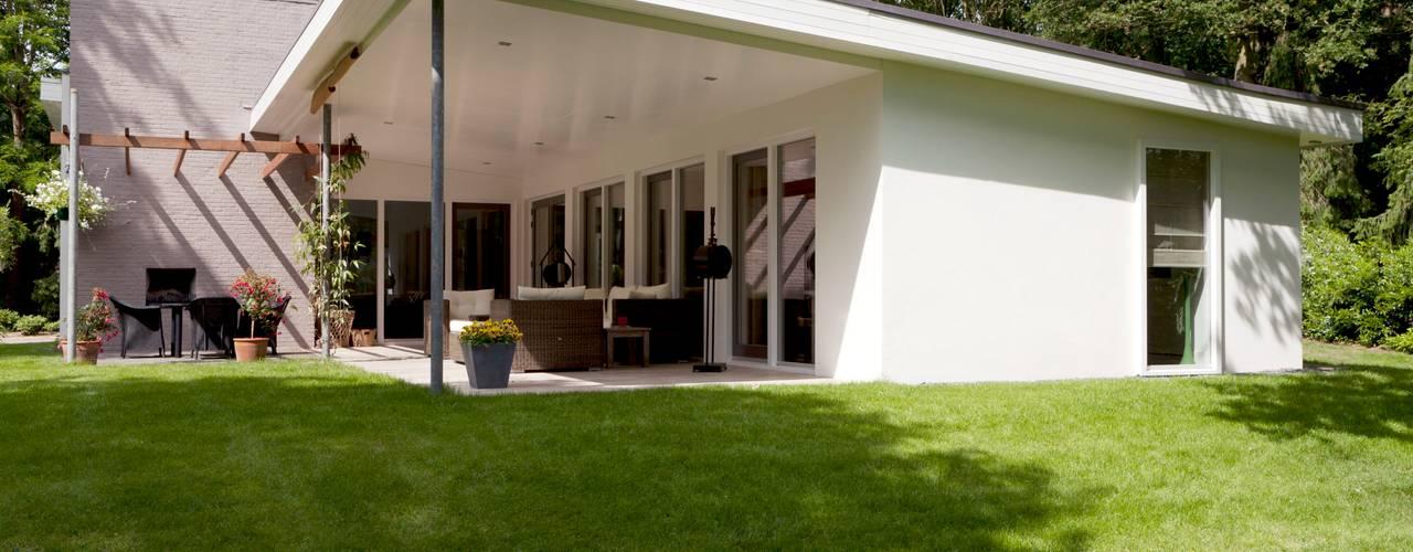 ทันสมัย  โดย Suzanne de Kanter Architectuur & Interieur, โมเดิร์น