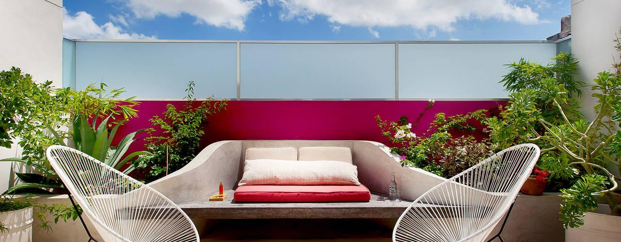 Terrazas de estilo  por Taller Estilo Arquitectura