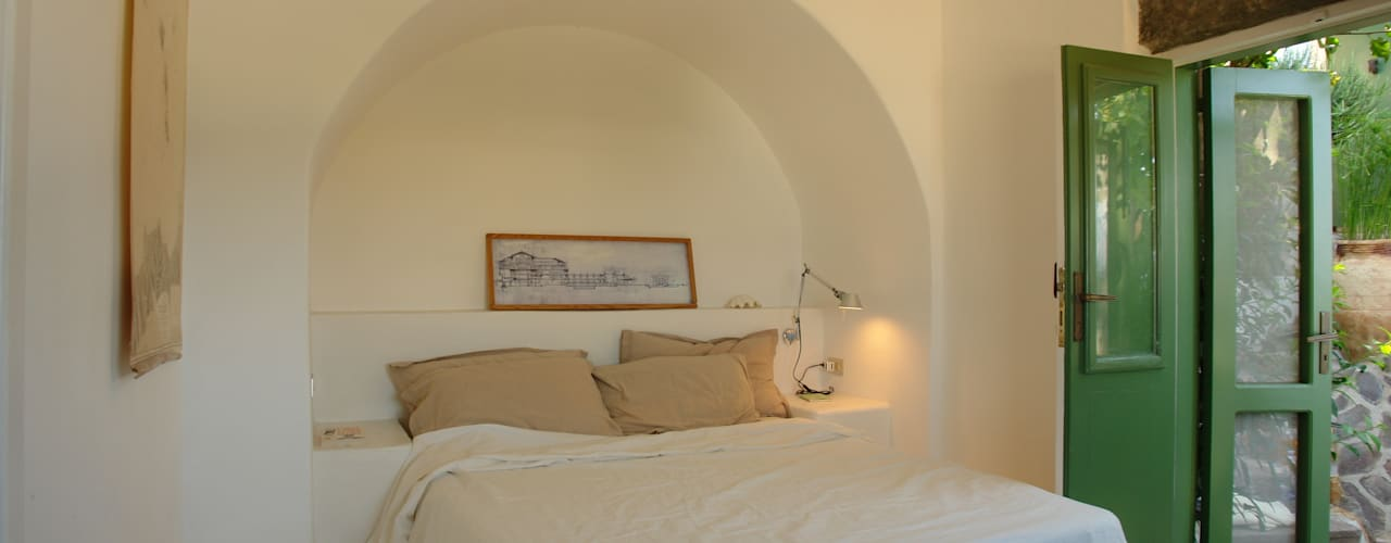 por Studio di Architettura Manuela Zecca Mediterrânico