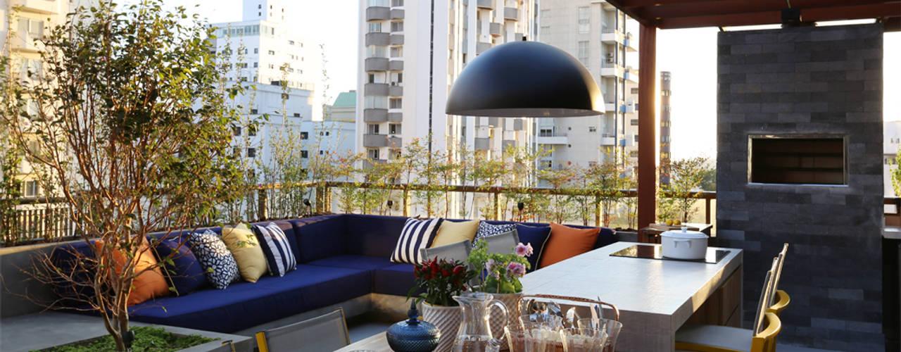 Modern Terrace by MANDRIL ARQUITETURA E INTERIORES Modern
