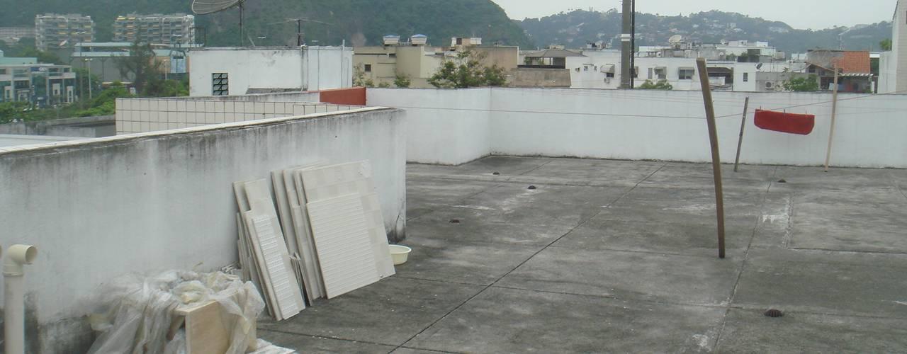 в современный. Автор – Carolina Mendonça Projetos de Arquitetura e Interiores LTDA, Модерн