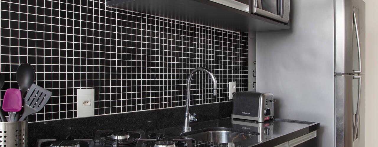 Cocinas de estilo  por Carolina Mendonça Projetos de Arquitetura e Interiores LTDA