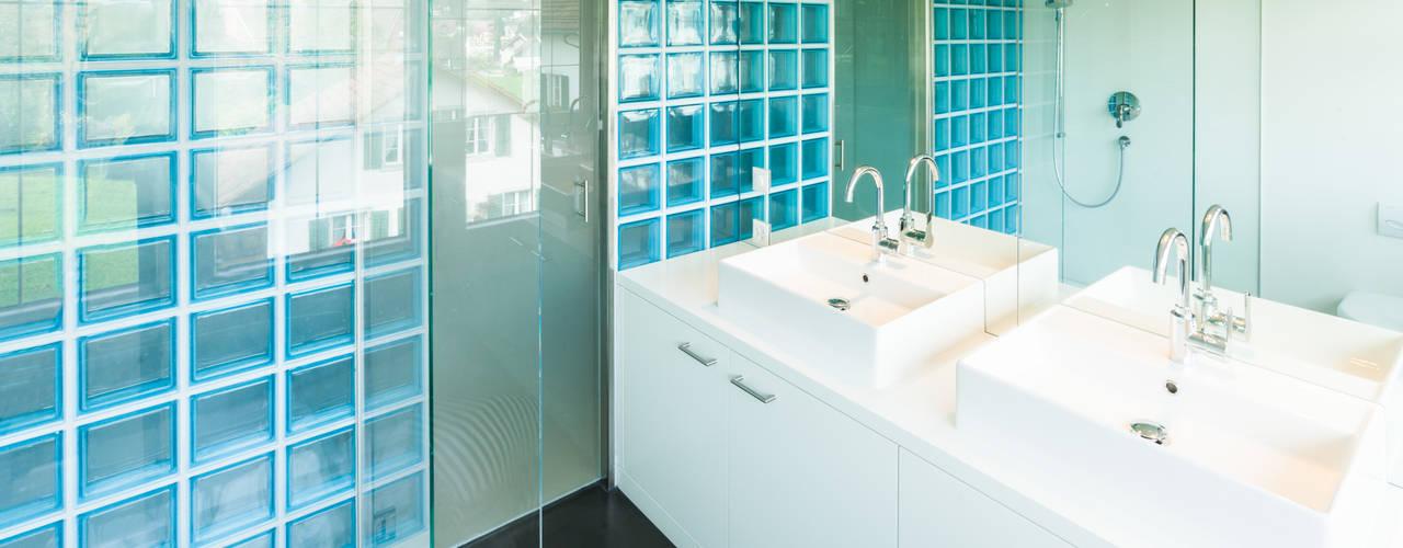 โดย von Mann Architektur GmbH โมเดิร์น