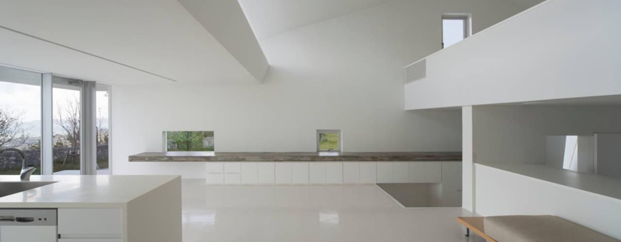 中城の家 モダンデザインの リビング の 森裕建築設計事務所 / Mori Architect Office モダン