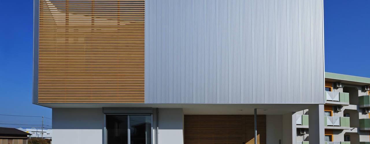 2F Deck house モダンな 家 の 開建築設計事務所 モダン
