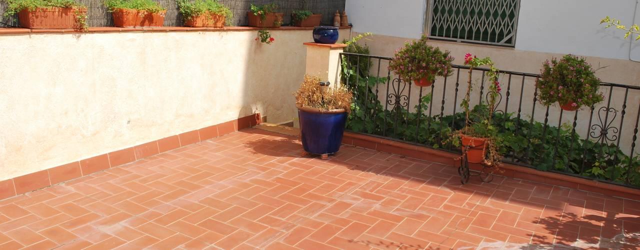 Terrace by Vicente Galve Studio