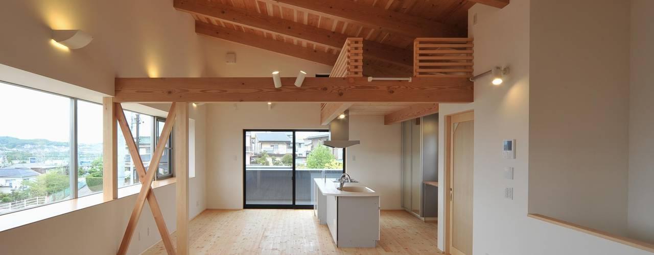松本の家   : 若山建築設計事務所が手掛けたリビングです。