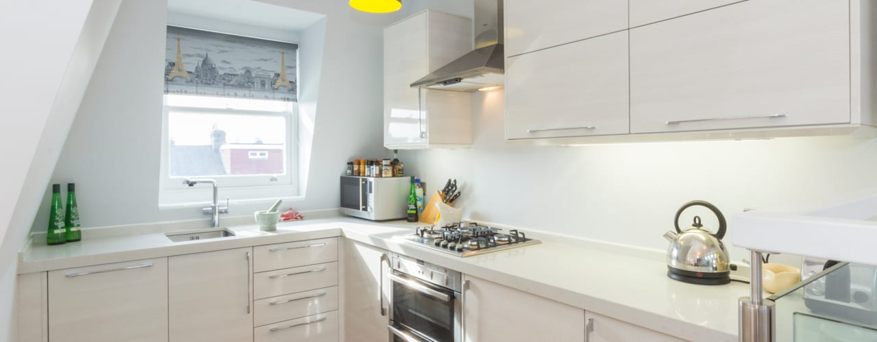 Loft conversion and house remodelling in Wimbledon:  Kitchen by TOTUS, Modern