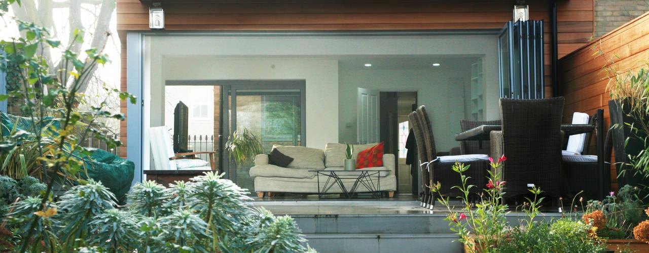 Brockley, Lewisham SE4, London | House extension Modern balcony, veranda & terrace by GOAStudio | London residential architecture Modern