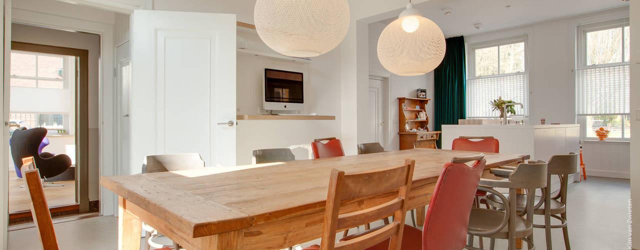 Salas de jantar  por op ten noort blijdenstein architecten