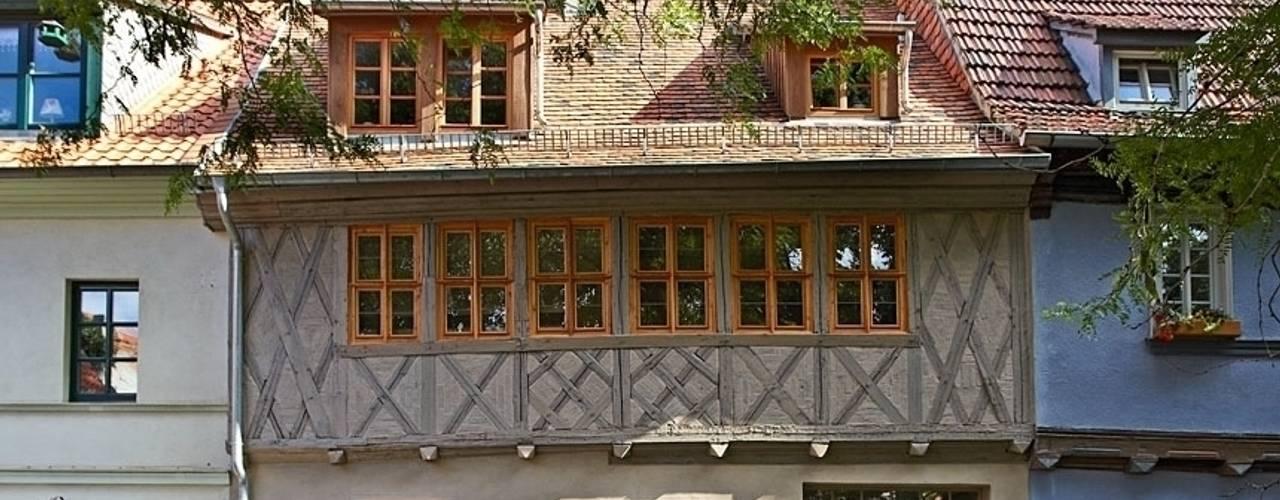 Klassieke huizen van qbatur Planungsgenossenschaft eG Klassiek