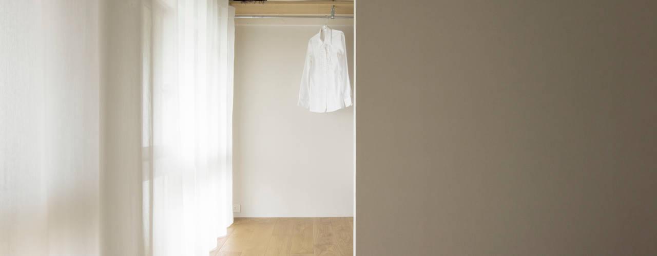 Rustic style bedroom by 松浪光倫建築計画室 Rustic