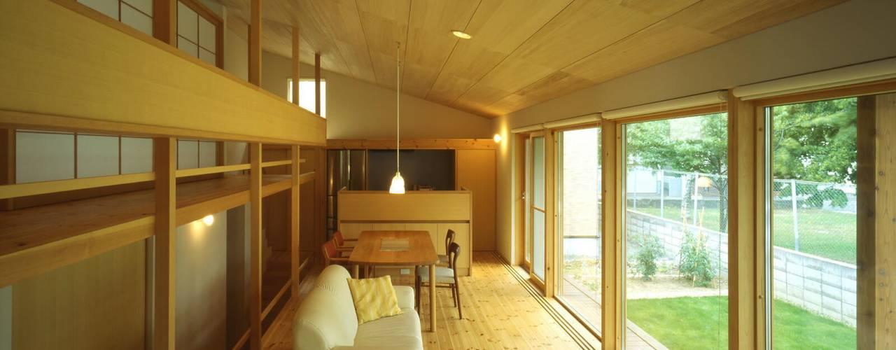 屯田の家 オリジナルデザインの リビング の キタウラ設計室 オリジナル