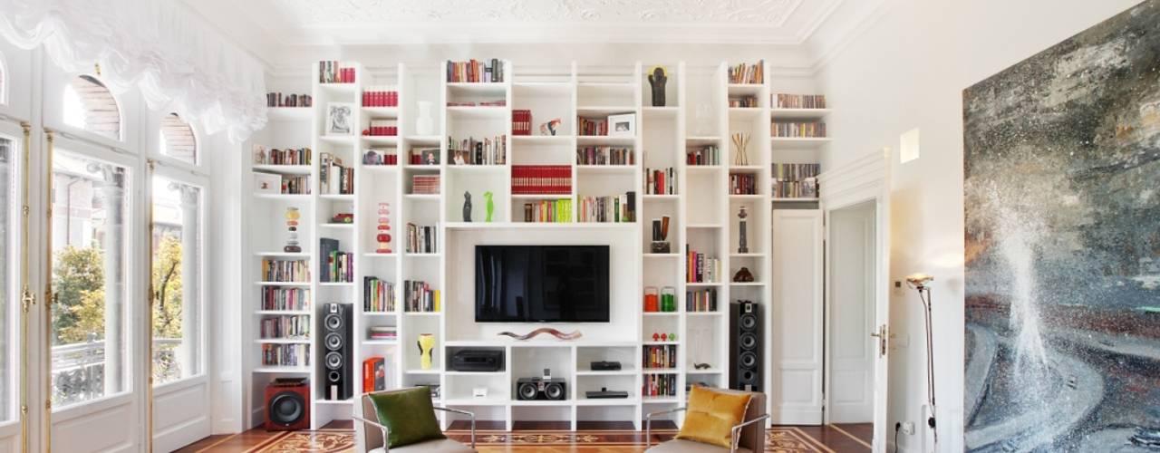 Livings de estilo  por PADI Costruzioni srl