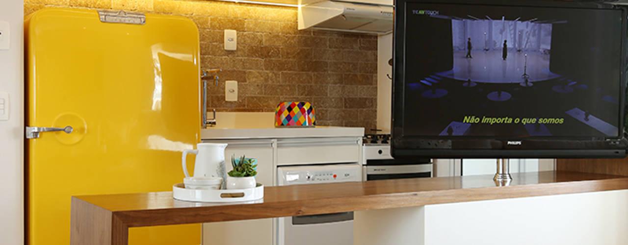 Cocinas de estilo ecléctico por Duda Senna Arquitetura e Decoração