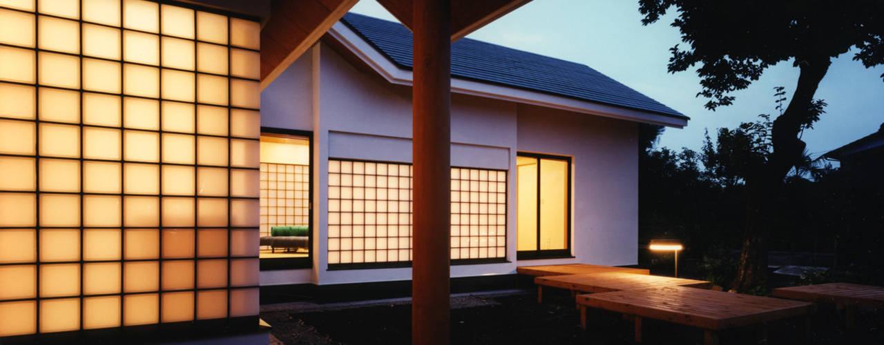 Rumah oleh 加藤將己/将建築設計事務所, Modern