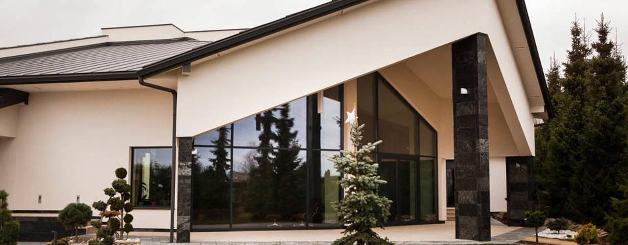 Rezydencja Orzech Nowoczesne domy od tomasz czajkowski pracownia Nowoczesny