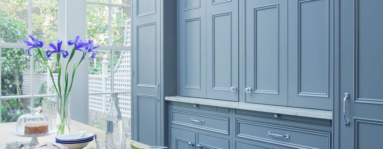 Chelsea Kitchen: classic  by Lewis Alderson, Classic
