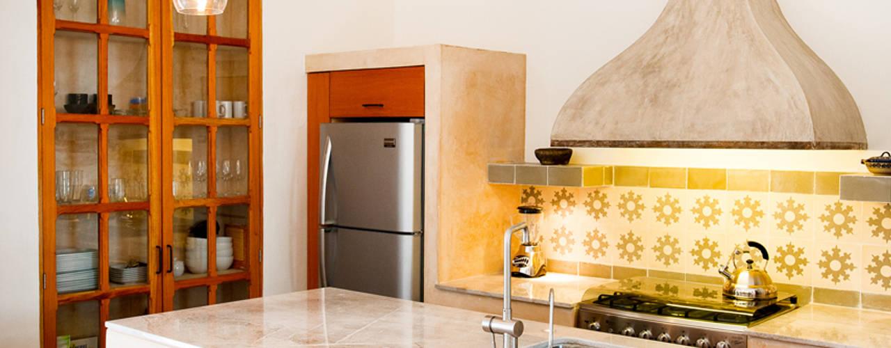 Cocinas de estilo ecléctico de Taller Estilo Arquitectura Ecléctico