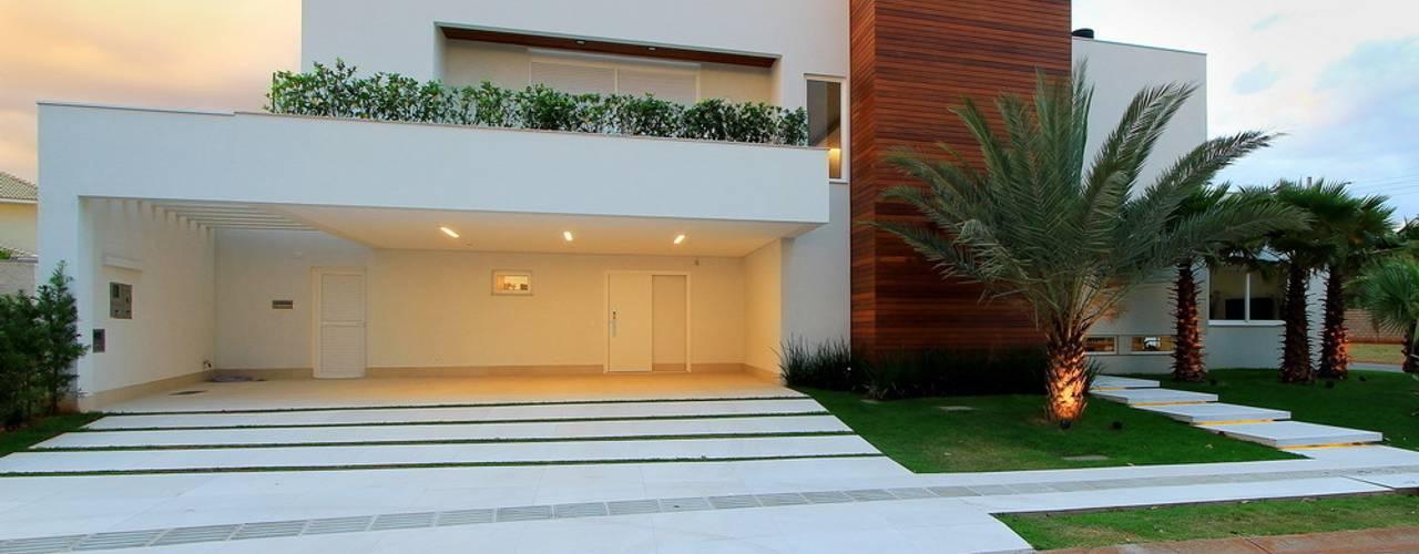 Houses by Studio Gilson Barbosa