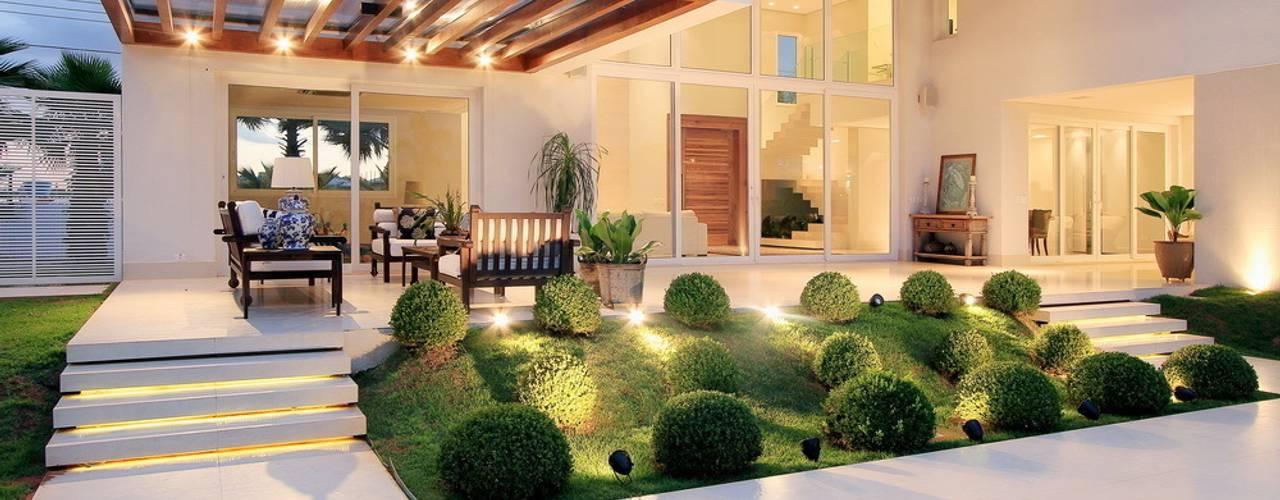 Projekty,  Domy zaprojektowane przez Studio Gilson Barbosa, Nowoczesny