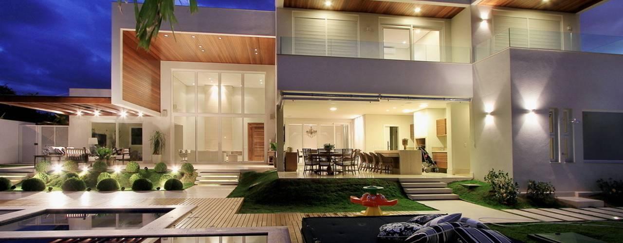 Casas modernas por Studio Gilson Barbosa Moderno