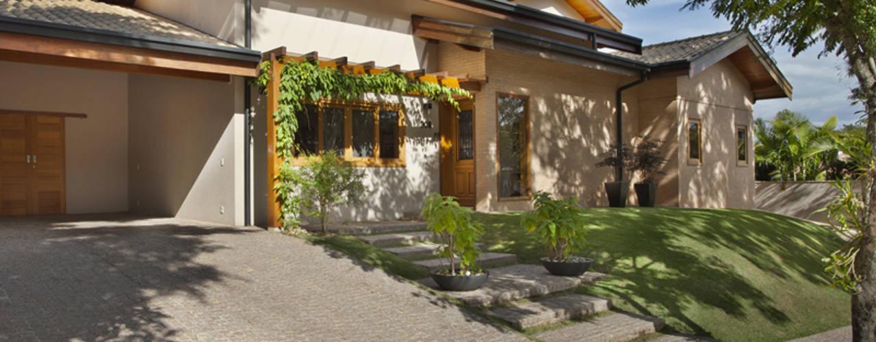 Casas de estilo  por Cria Arquitetura