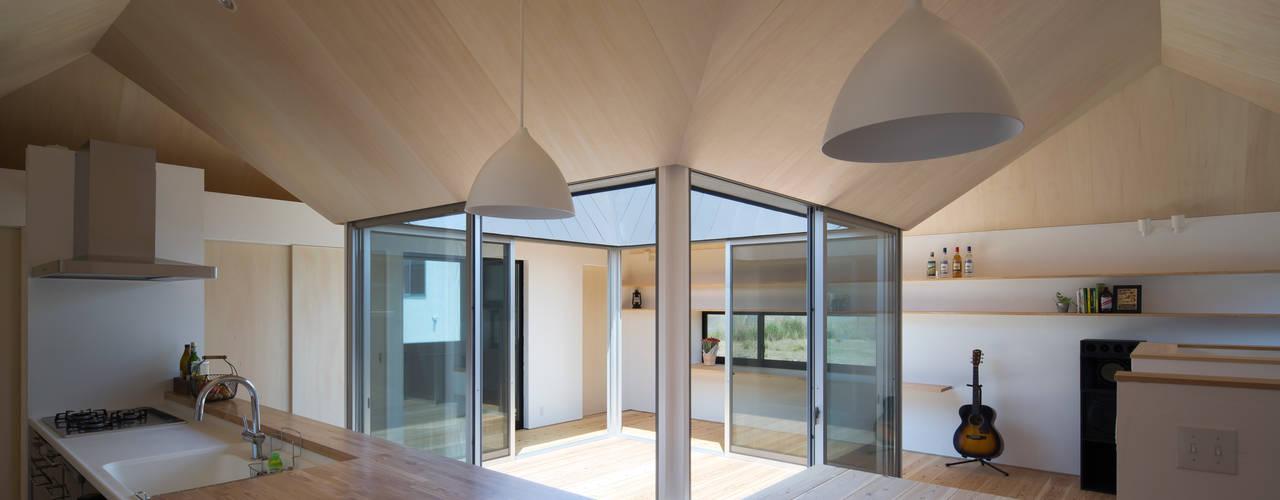 箕面森町の家 モダンデザインの ダイニング の 安部秀司建築設計事務所 モダン