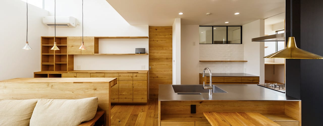 haus-turf: 一級建築士事務所hausが手掛けたダイニングです。