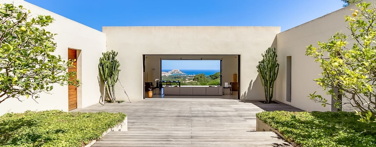 Maison à Calvi, Corse Jardin méditerranéen par Meero Méditerranéen