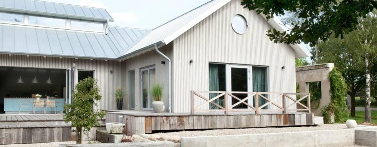 Casas escandinavas de raphaeldesign Escandinavo