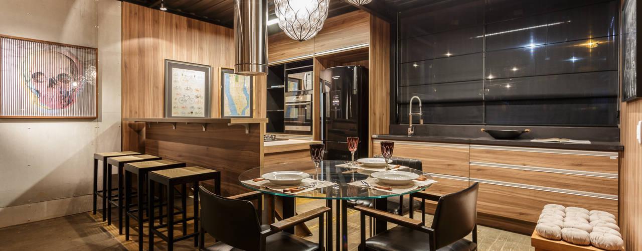 Loft Casal Locais de eventos industriais por cioli arquitetura e design Industrial