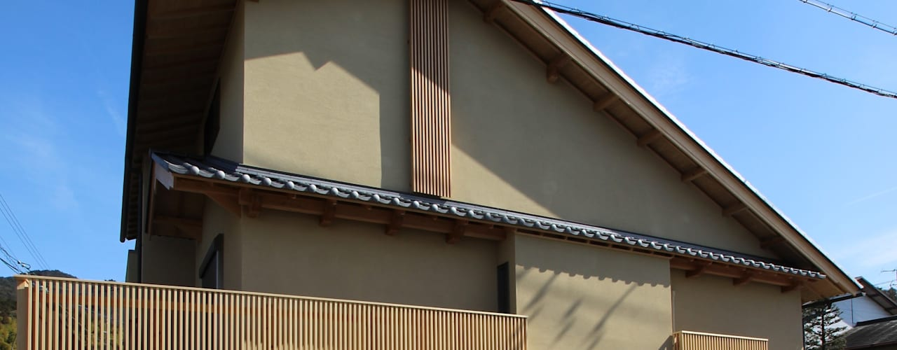 光庭のある家(京都産木材を使用した和モダン住宅) モダンな 家 の ATS造家設計事務所 モダン