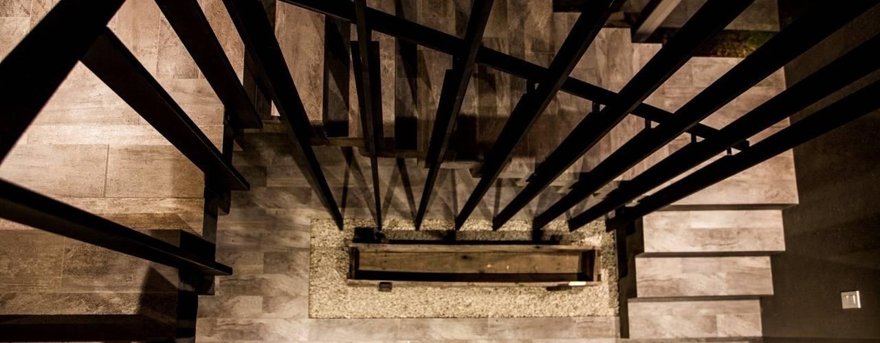 Nhà by FAARQ - Facundo Arana Arquitecto & asoc.