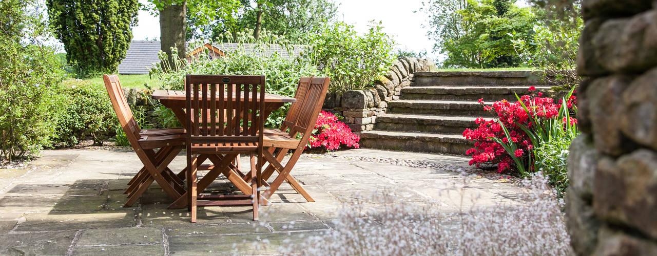Garden by Barnes Walker Ltd, Rustic