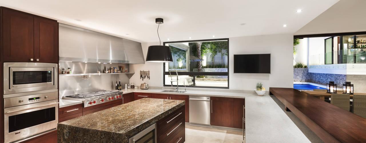 moderne Keuken door Juan Luis Fernández Arquitecto