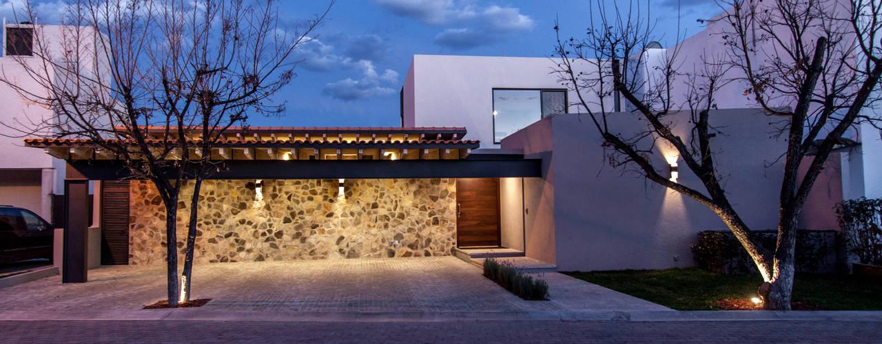 Projekty,  Domy zaprojektowane przez Cambio De Plano