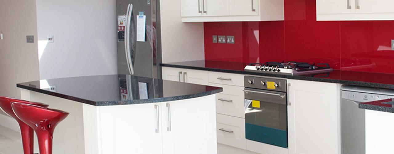 The Cranford Refurb Modern kitchen by The Market Design & Build Modern