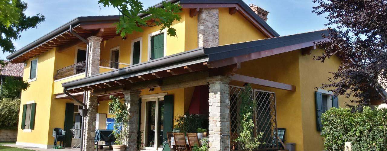 Дома в средиземноморском стиле от Studio Tecnico Vallan Средиземноморский