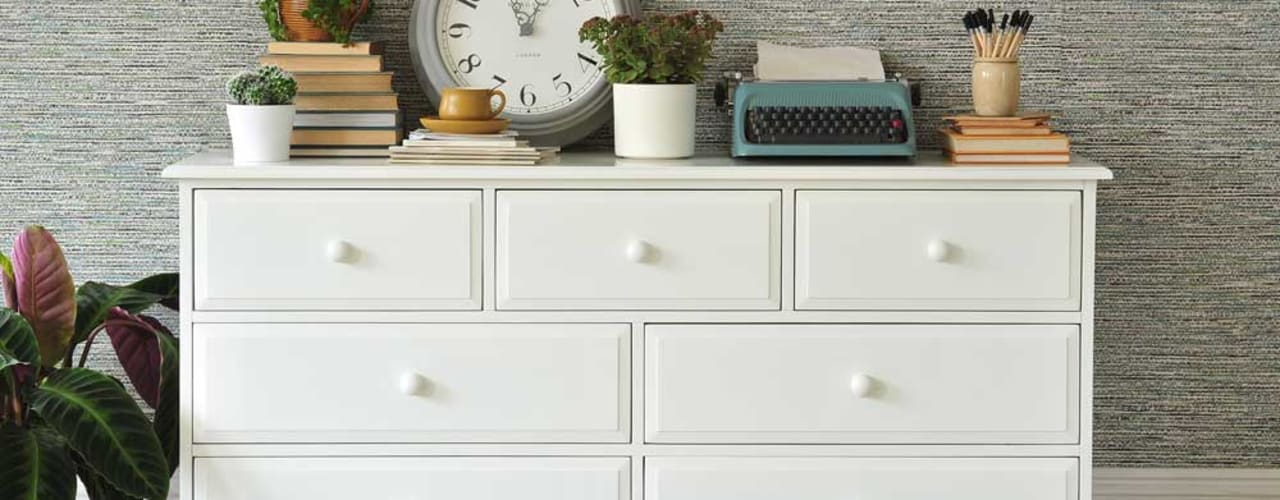 Burford 3+4 Drawer Chest:  Bedroom by The Cotswold Company